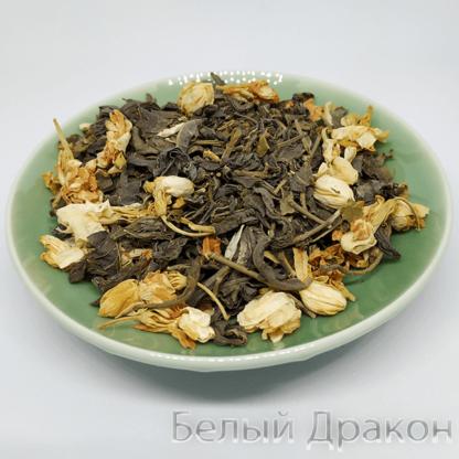 Чай зеленый с цветами жасмина